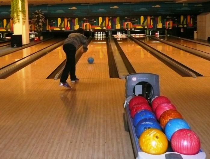 praktisch-bowlen-april-2012-mit-anlauf