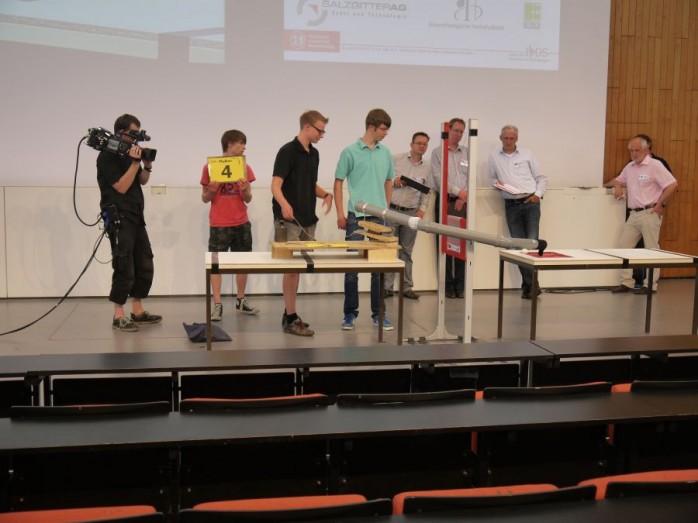 """Sieger der Studierenden in der Kategorie """"Die genial einfachste Maschine"""""""