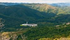 Minalba-Mineralwasser wird inmitten eines Naturschutzgebietes abgefüllt