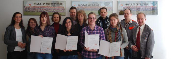 Niedersachsen Technikum 2016 Teilnehmerinnen Zuschnitt