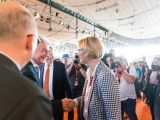 3.) Bildungsministerin Karliczek besucht uns